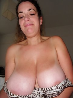 Housewife BBW Pics